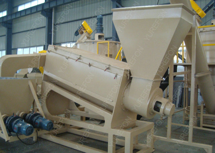 200 KW Plastic Washing Recycling Machine PET Bottle Crushing With 4 / 6 Labors